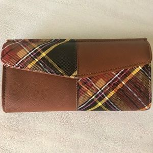 Steve Madden Plaid Wallet